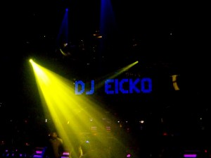 Eicko live @ Queen with Above & Beyond